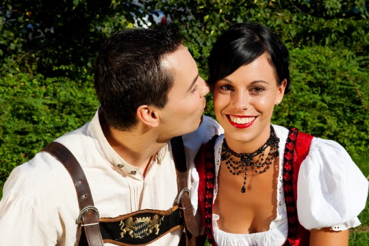 39_8.2.13_bigstock-Couple-in-traditional-Bavarian-8764219